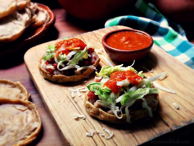 Sopes de Frijoles con Chorizo (Bean & Chorizo Sopes) - lacocinadeleslie.com
