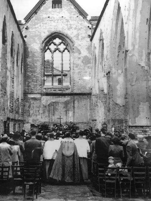 love among the ruins happy blitz weddings in london 1940