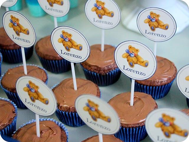Cupcakes com Plaquinhas