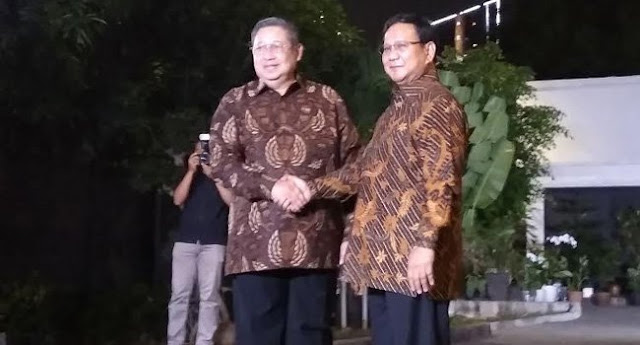 Sambutan Hangat SBY Untuk Prabowo