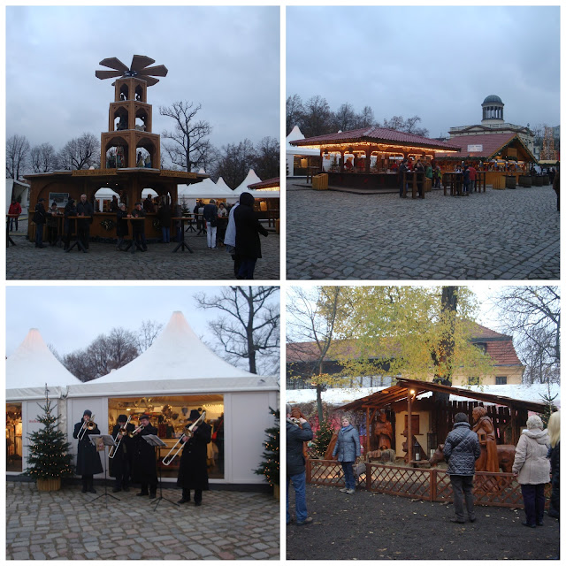 Christmas market at Charlottenburg Palace, Berlim