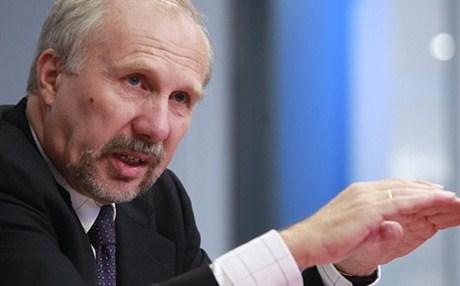 Νοβότνι: Θα ήταν λάθος μήνυμα η κατάργηση του νομίσματος των 500 ευρώ