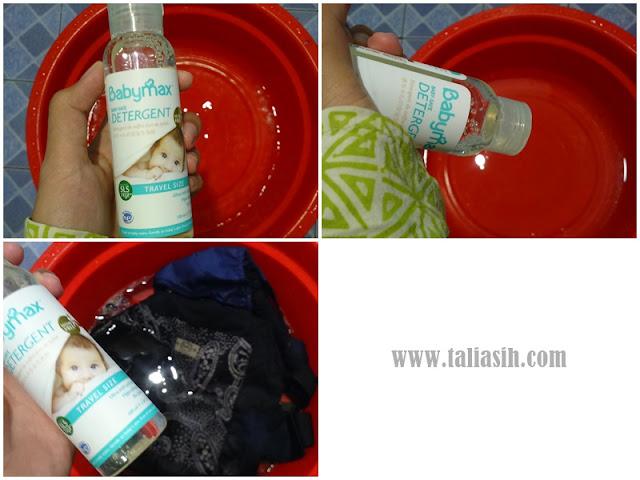 Mencuci Gendongan Bayi
