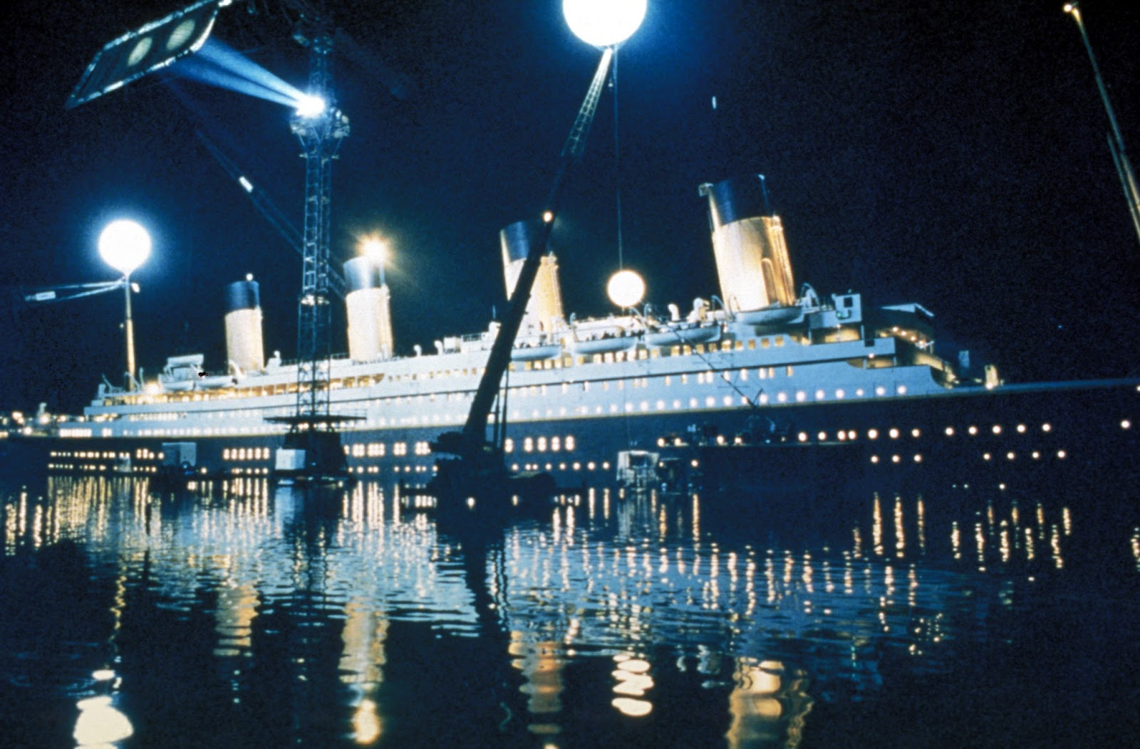 On Set Photo of Titanic - Titanic 3D