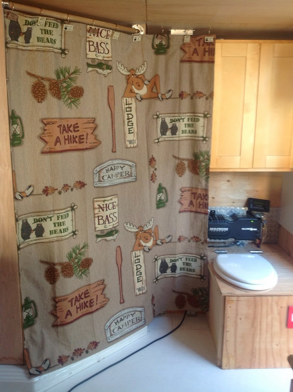 2013 carmate 100 solar heated and cooled over the top cargo trailer the bass pro shower curtain