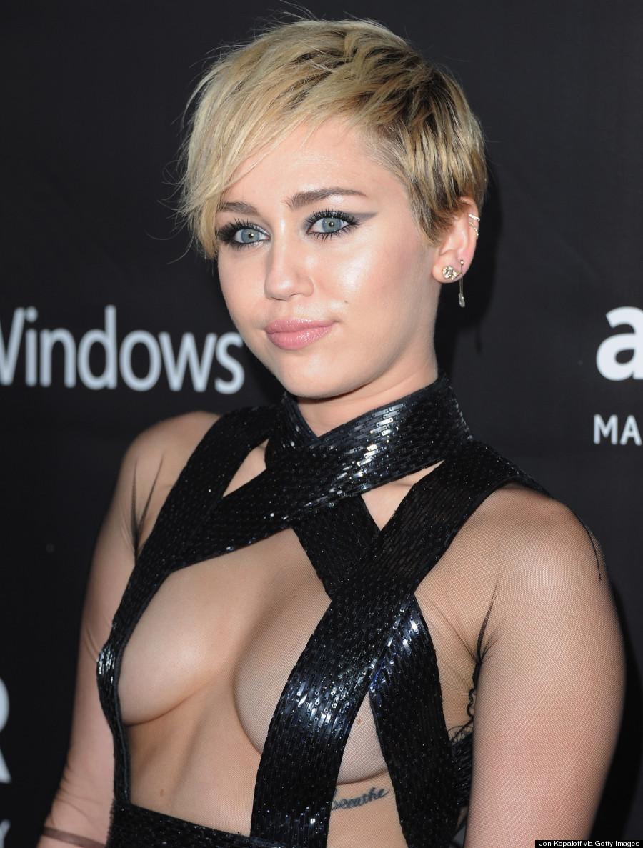 Scifi Wargamers Fantasy Celebrity Wargamers Miley Cyrus-4746