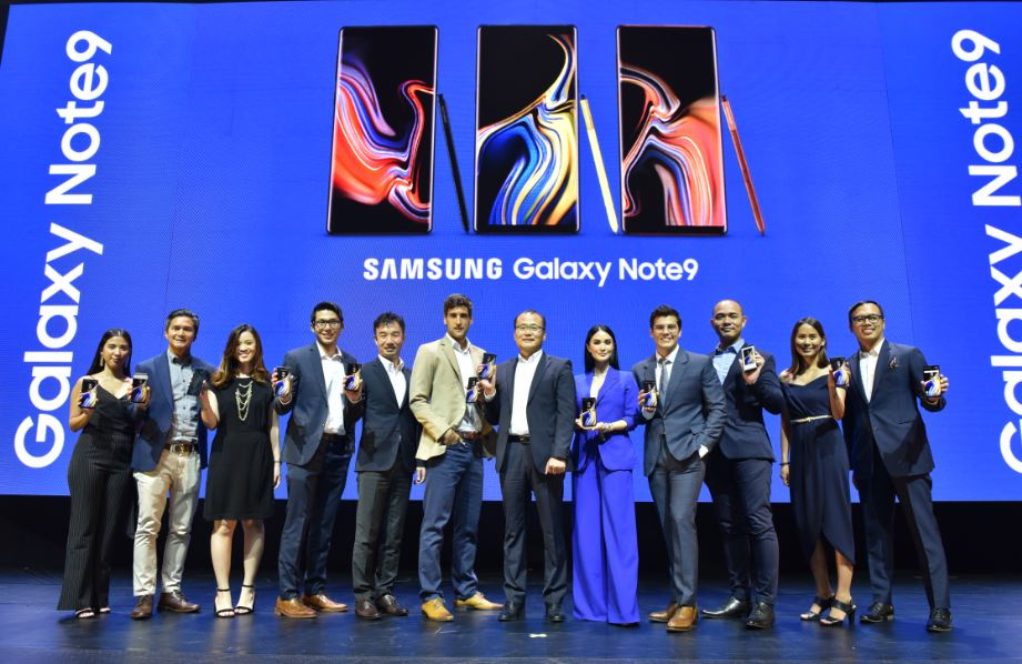 SAMSUNG Electronics Philippines Corporation representatives and the Galaxy Note9 brand ambassadors