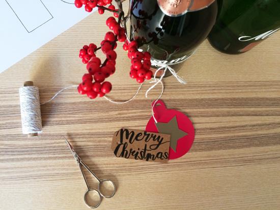 binedoro Blog, Geschenkverpackung, Flaschenverpackung, Mumm Sekt, DIY, basteln, Flaschenanhänger, Ilex, Weihnachten, Xmas