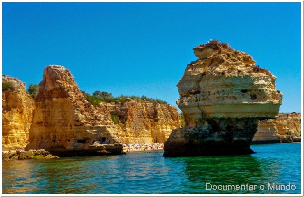 Praia da Marinha;  Praias Algarve; Férias Algarve; Grutas Marinhas no Algarve; Sea Caves Algarve; Grotten Fahrt Algarve
