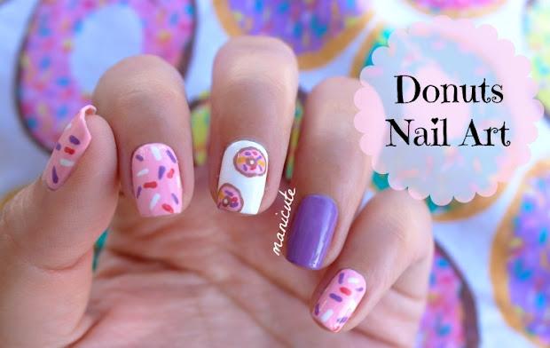manicute nail art donuts