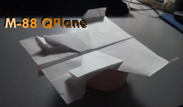 Avión de papel M-88
