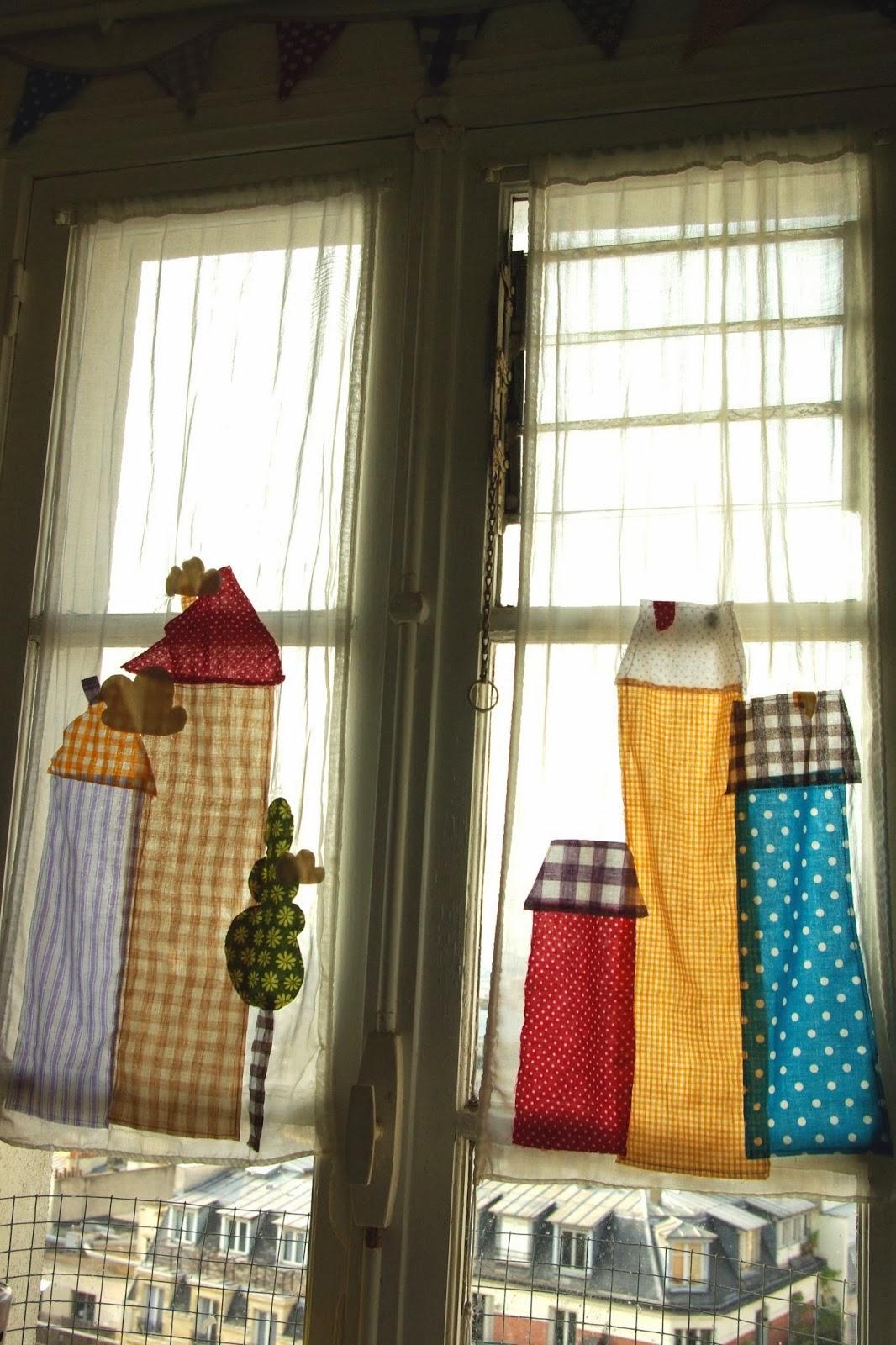 rideaux de cuisine cuisinejpg les stores ou rideaux brisebise pour une fentre de cuisine. Black Bedroom Furniture Sets. Home Design Ideas