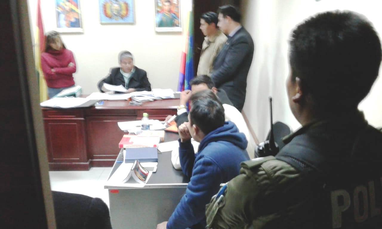 Se restringió presencia de la prensa durante la audiencia que se prolongó hasta medianoche / CARLOS QUISBERT