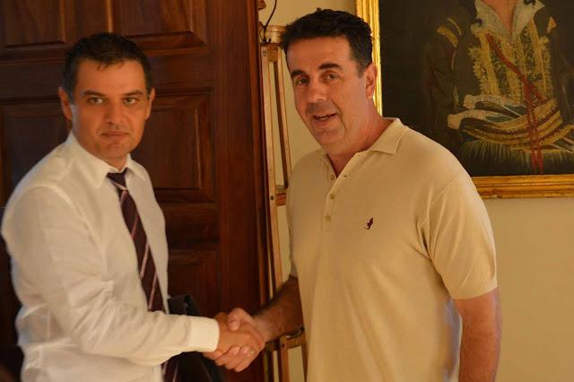 Συνάντηση γνωριμίας του Δημάρχου Ναυπλιέων Δημήτρη Κωστούρου με τον νέο διοικητή του Νοσοκομείου Ναυπλίου