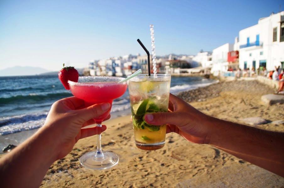 Cocktails in Mykonos
