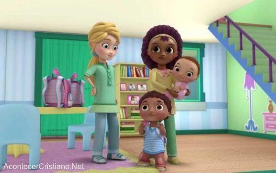 Disney muestra pareja lesbiana en serie para niños