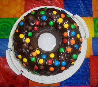 σοκολατένιο κέικ για κέρασμα..