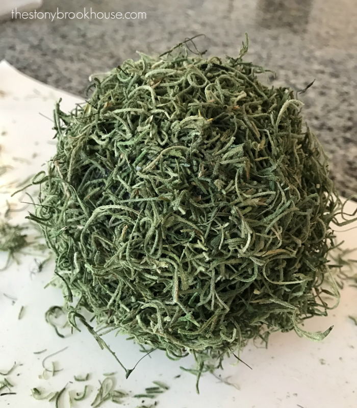 DIY Moss Covered Ball