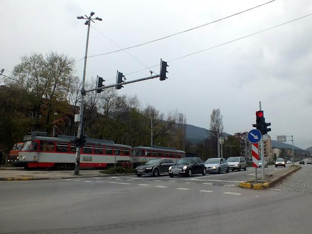 Tranvía por las calles de Sofia en Bulgaria