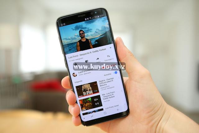 Cara Memutar Video YouTube di Latar Belakang Android
