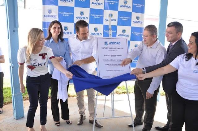 Anápolis: Prefeito Roberto Naves inaugura Espaço da Oportunidade