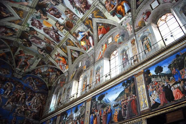 série de fresques représentant des épisodes de la vie de Jesus.