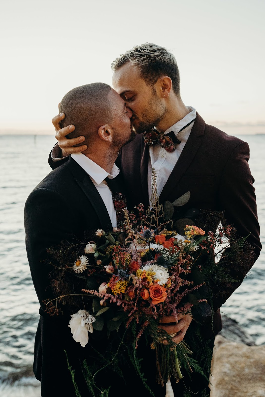 SAME SEX MARRIAGES MELBOURNE WEDDING INSPIRATION BEACH WEDDING FLORALS CAKES