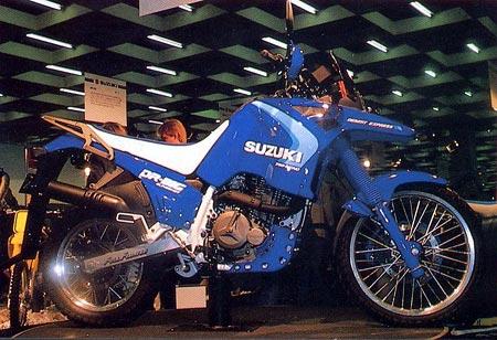 1988 DR750 Big blue 450 - Suzuki DR800S - a maior monicilindrica do mundo!