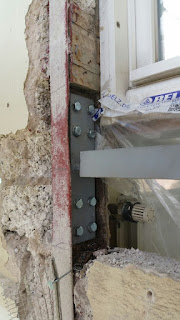 Ausgetauschter Stahlträger Altbau Fassadensanierung Bonn Belz Stuck