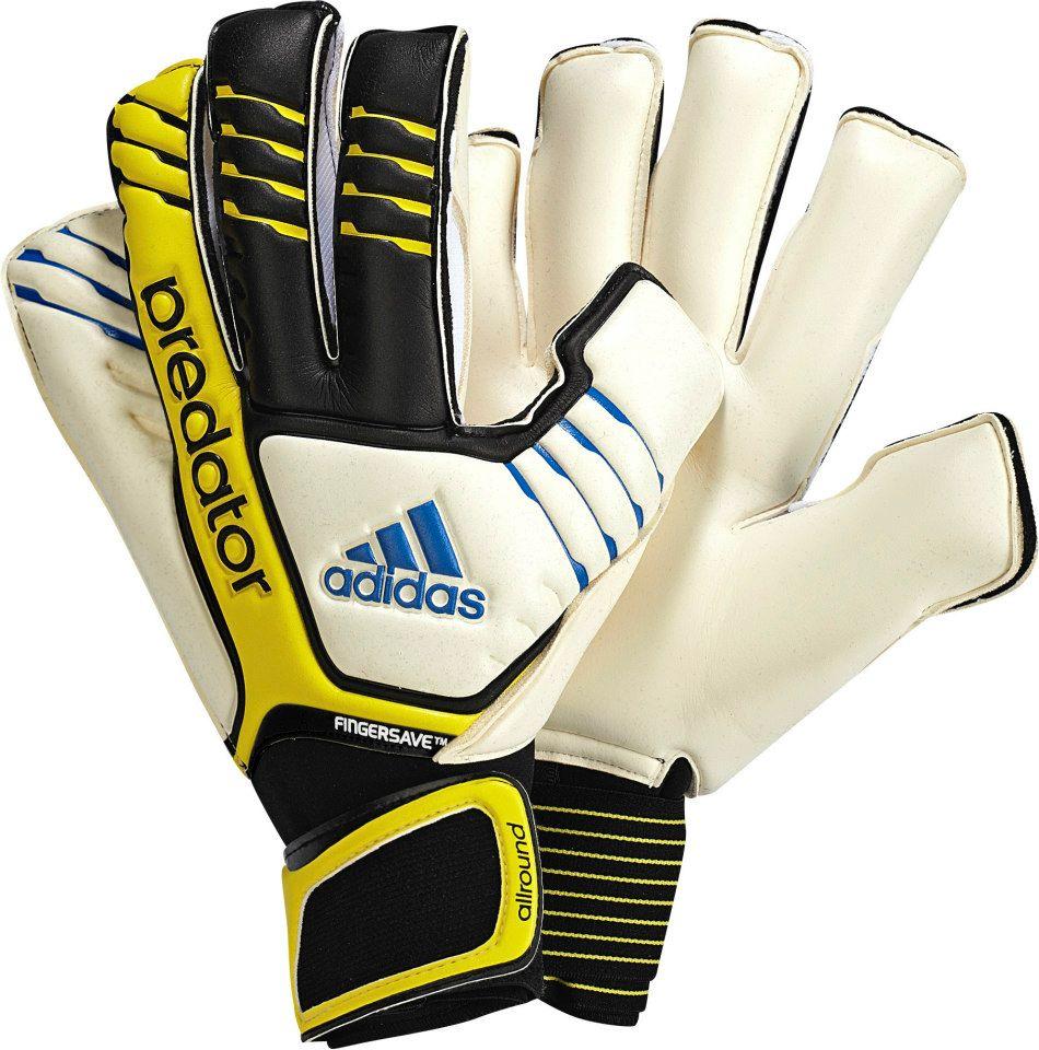 Agnes Gray de repuesto Sentirse mal  Iker Casillas presenta sus nuevos guantes y nuevas botas – Marketing  Deportivo MD