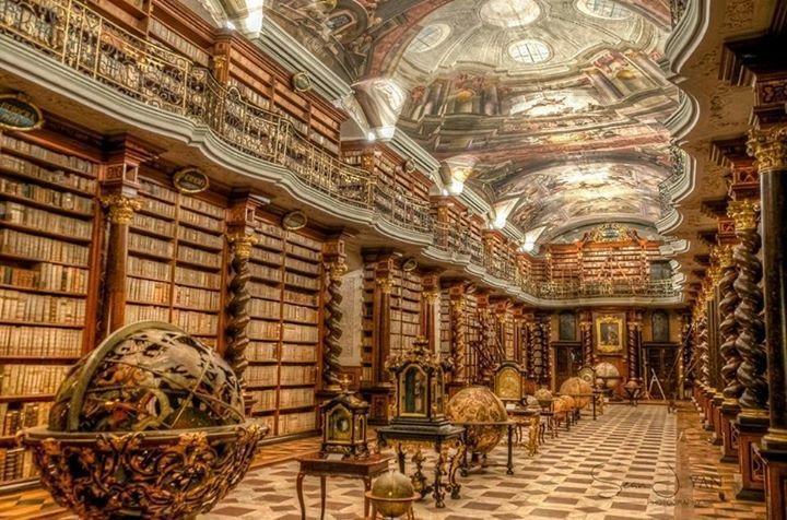 Clementinum, Praga