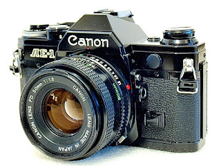 Canon AE-1, Front Right