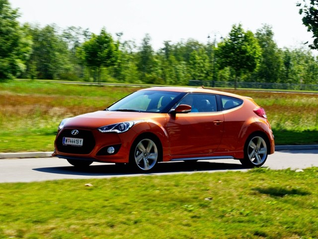 2013 hyundai veloster turbo review top auto review. Black Bedroom Furniture Sets. Home Design Ideas