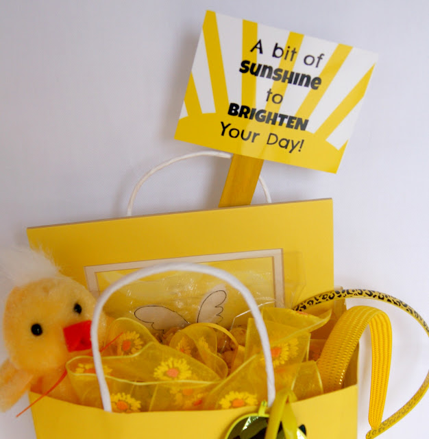 Yellow gifts to cheer up a friend@michellepaigeblogs.com