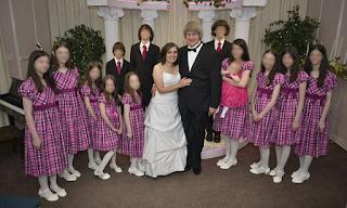 Σοκ στις ΗΠΑ: Γονείς - τέρατα κρατούσαν σε κατάσταση αιχμαλωσίας τα 13 παιδιά τους