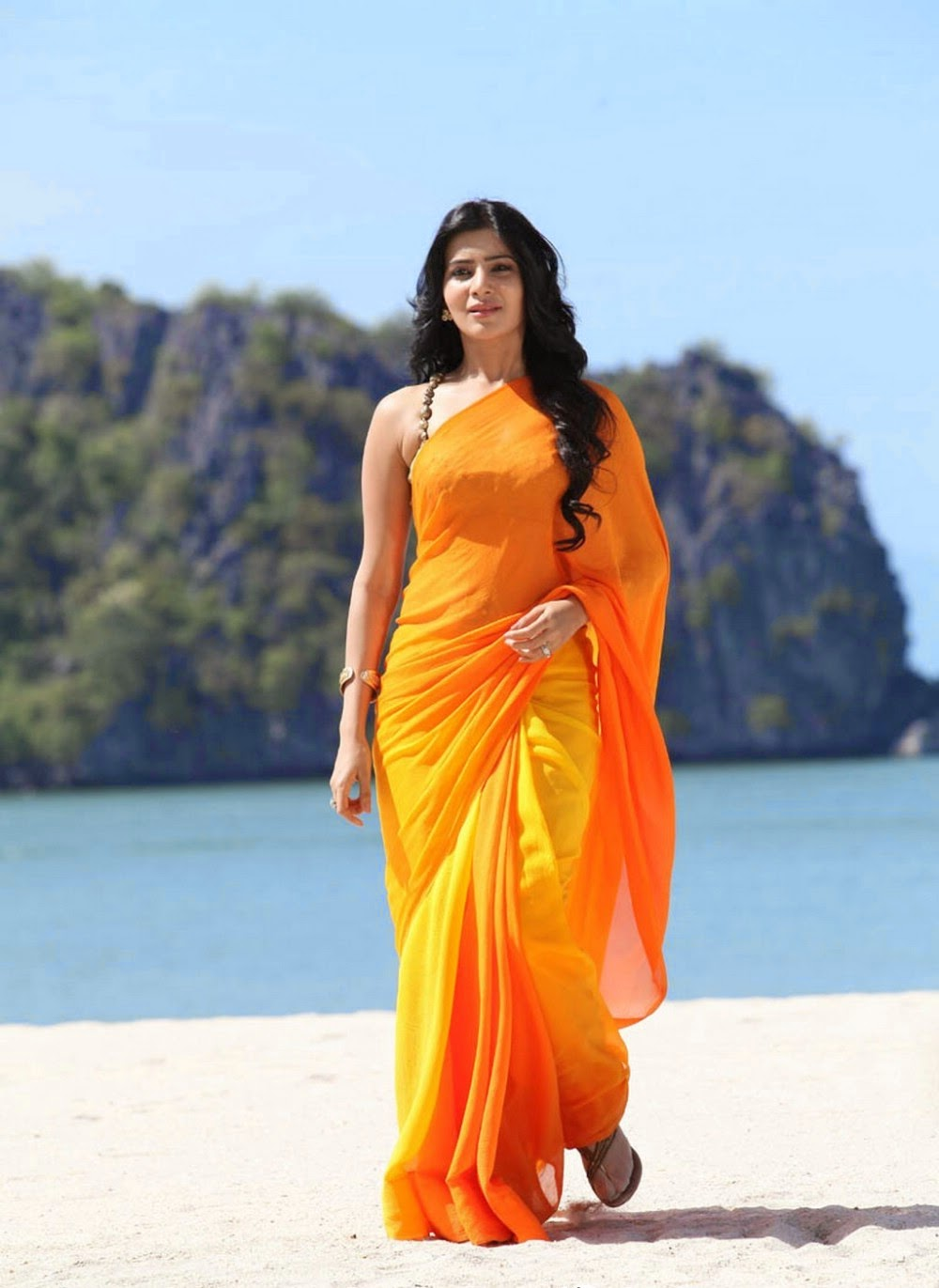 Aparna Bajpai Saree
