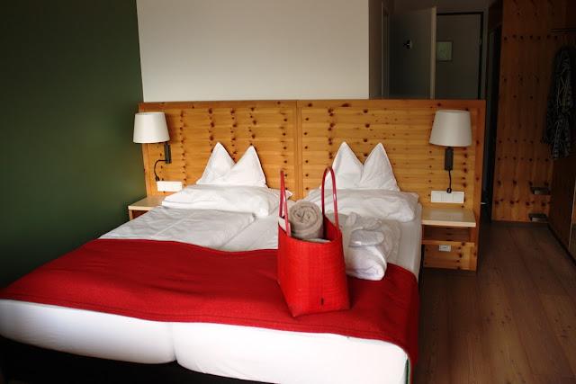 Zirbenzimmer im Hotel Erzherzog Johann in Bad Aussee © Copyright Monika Fuchs, TravelWorldOnline