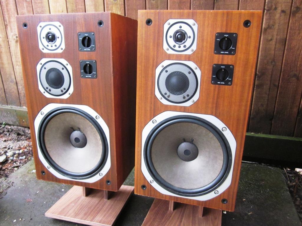 Speakerholic: Yamaha NS-690 Speakers Yamaha Ns