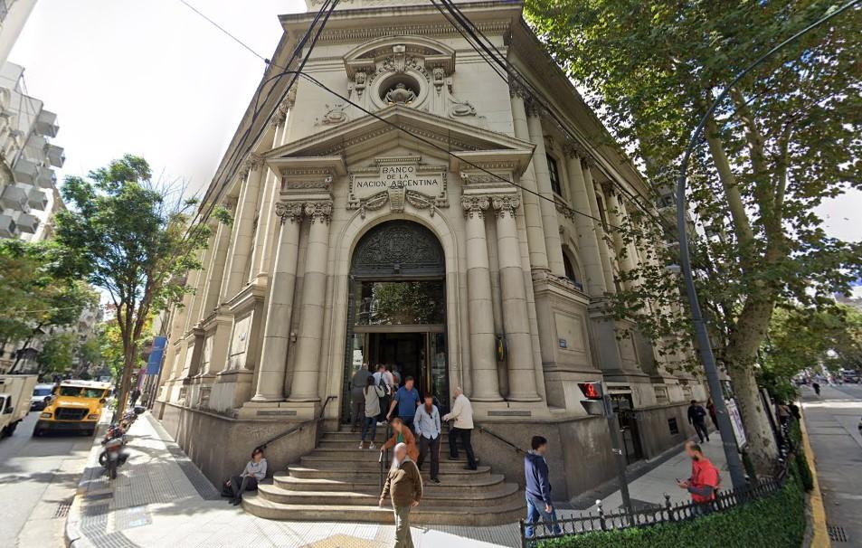 El lunes 13 reabren los bancos al público, pero con atención por turnos online