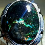 Peluang bisnis online akik black opal