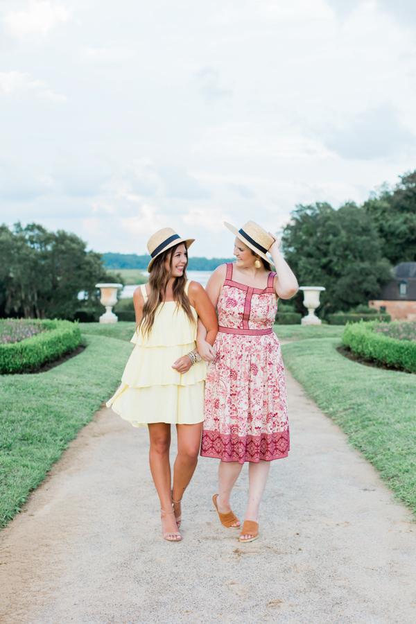 Best Friends in Charleston | Chasing Cinderella