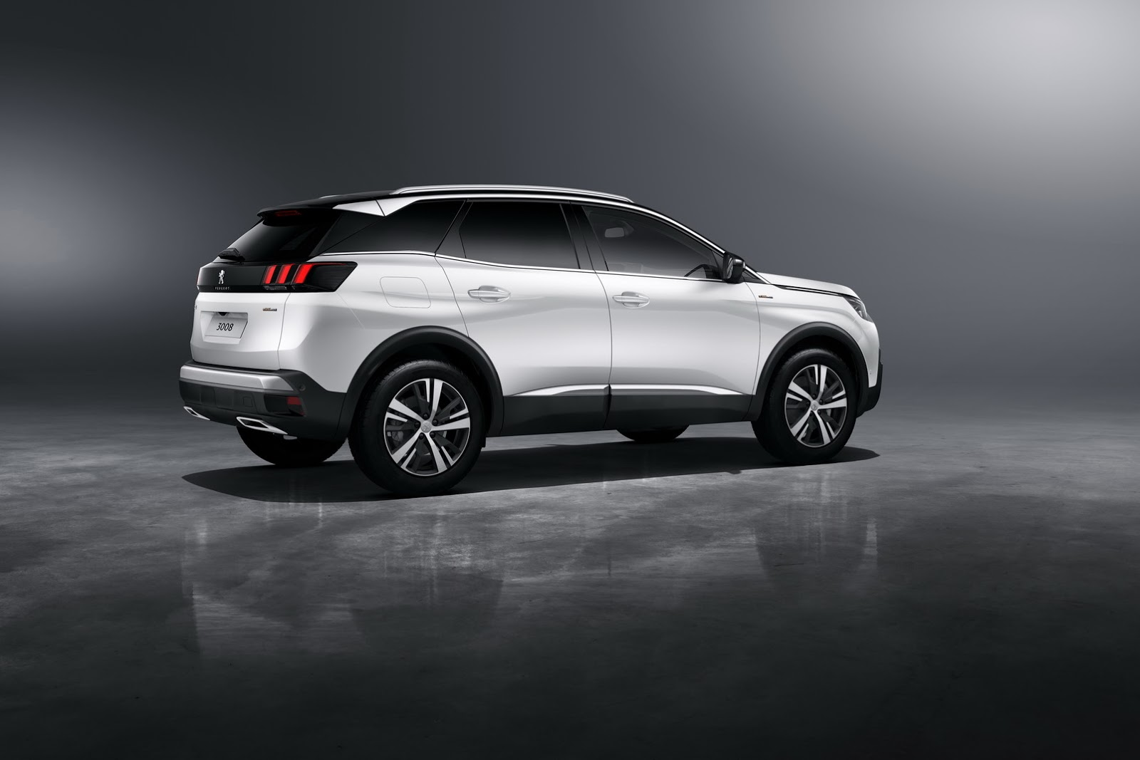 peugeot s new 3008 gt suv comes with a 180ps diesel carscoops. Black Bedroom Furniture Sets. Home Design Ideas