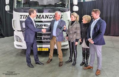 DAF Trucks dostarczył w pełni elektryczną ciężarówkę firmie Tinie Manders Transport z Geldrop w Holandii