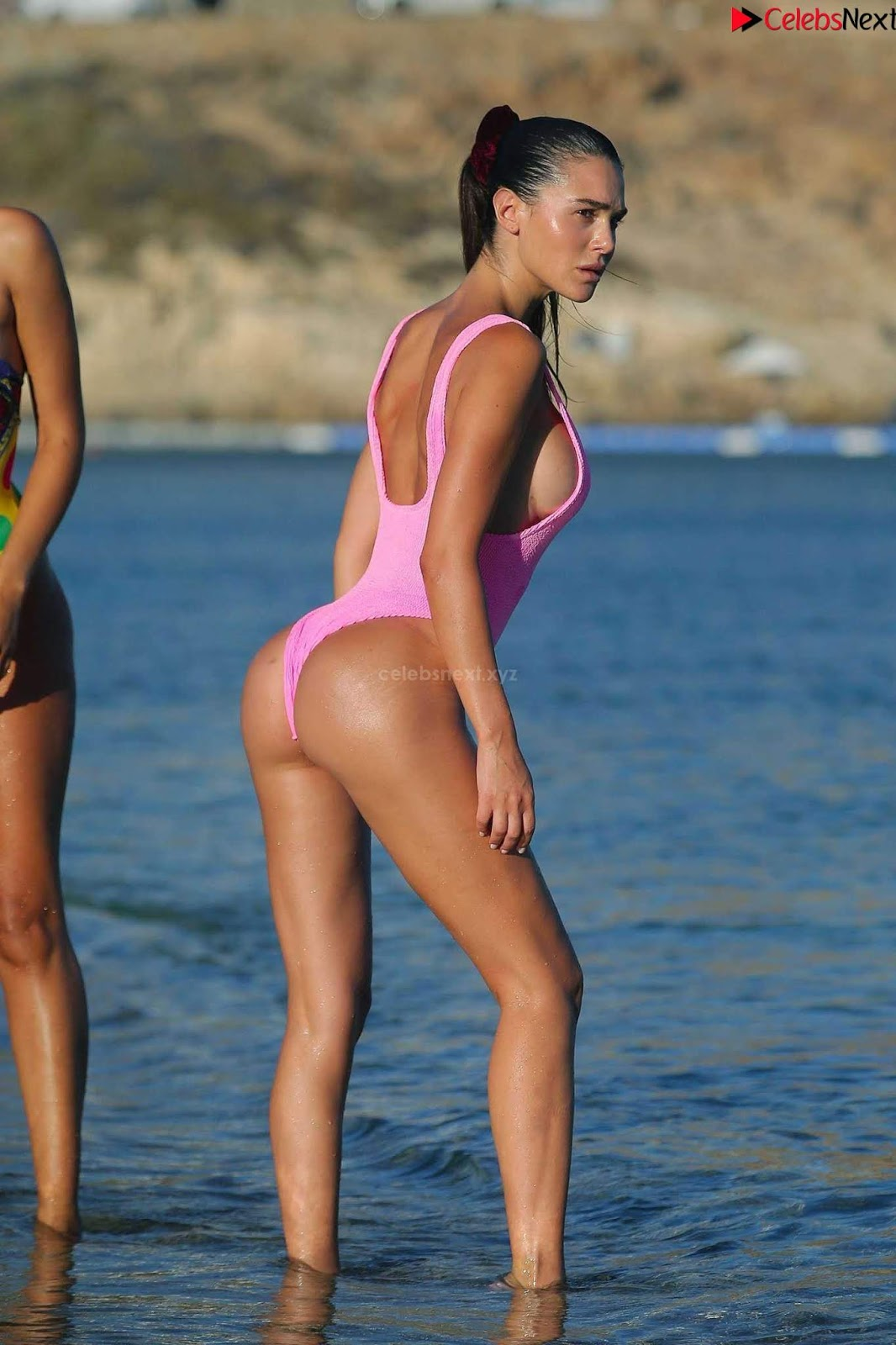Silvia+Caruso+iN+Pink+Swimsuit+SEXY+ASS+%7E+CelebsNext.xyz+Exclusive+001.jpg