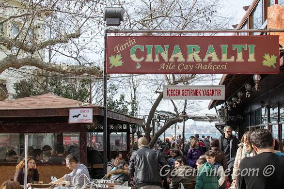 Çengelköy'deki Çınaraltı Çay Bahçesinde kahvaltı birçok insanın tercihi