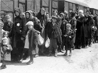 muri immigrati ebrei donald trump america europa la santa furiosa