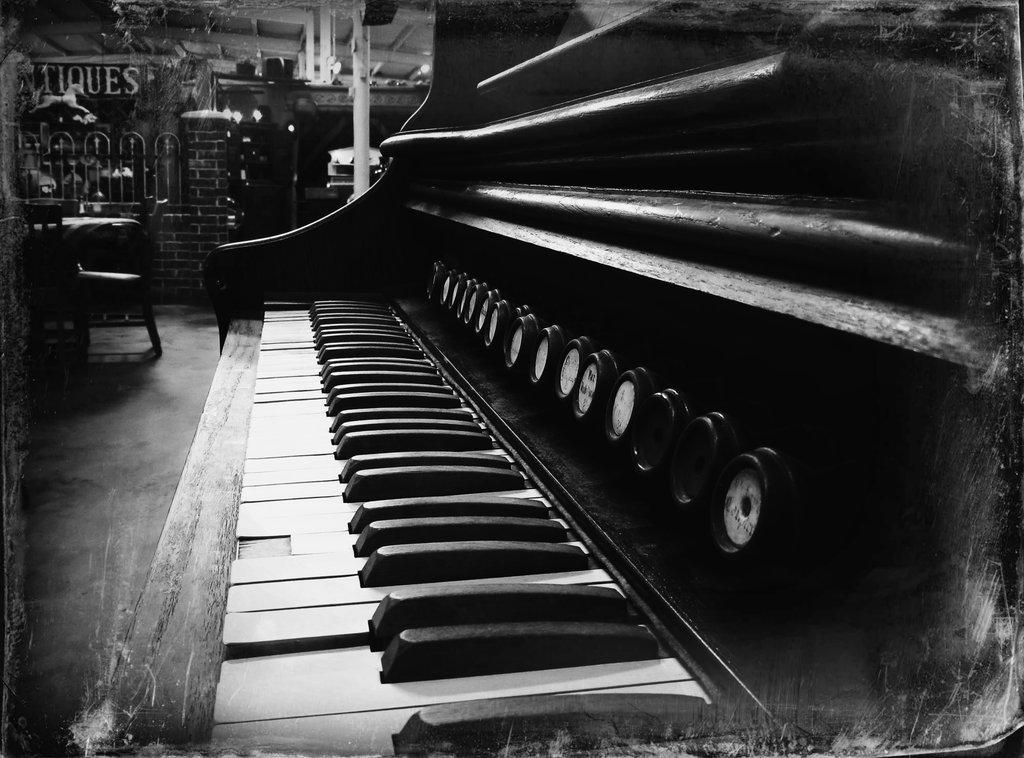 antique piano 12 vampstock by vampstock d62wm8v