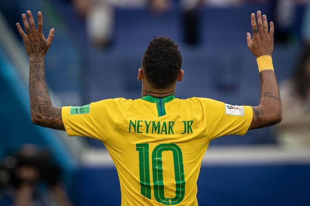 El astro brasileño usó emblemas cristianos en el último torneo olímpico / TWITTER
