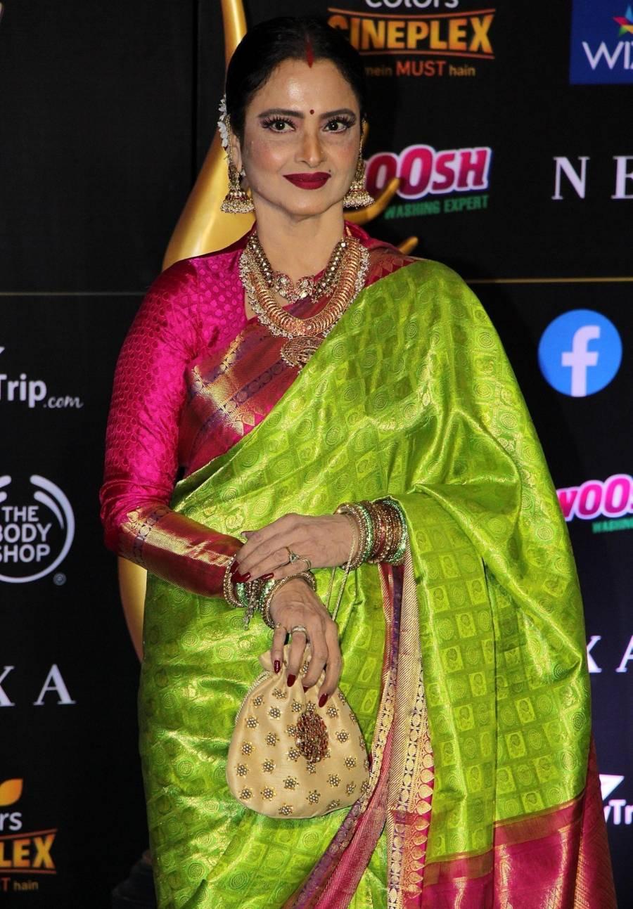 Actress Rekha At The Green Carpet Of The IIFA Rocks 2019