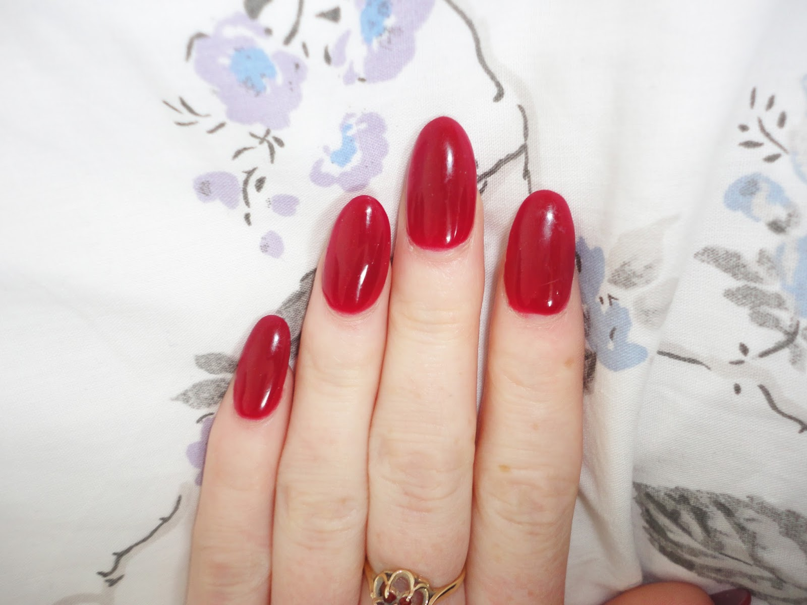 Red Round Acrylic Nails | Best Nail Designs 2018